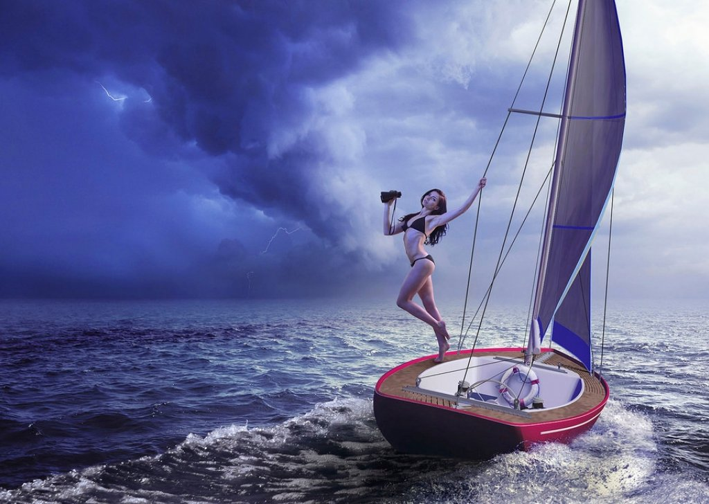 stranded at sea in a thunderstorm audio atmosphere